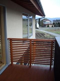 絶景な眺めの4畳の広さを持つバルコニー